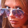smileys 26816-victoria_beckham_glasses.jpg